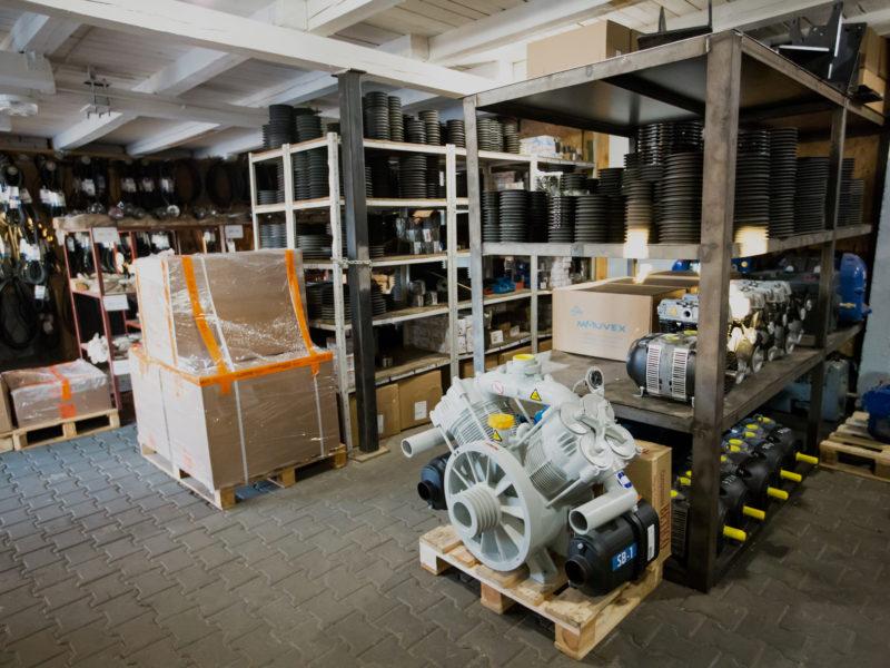 Części i akcesoria do silosów, naczep i kompresorów